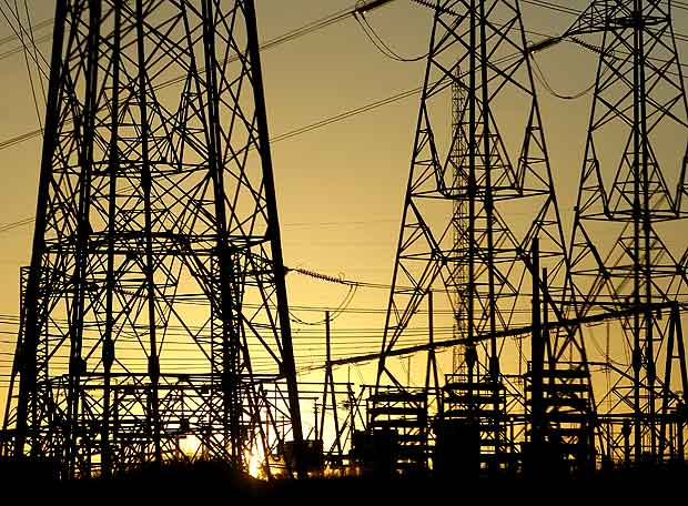 Electric power companies in alert for the complex mining industry scenario that will also affect the power generation investments