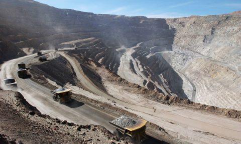 Molibdeno clave para la subida de competencia del cobre