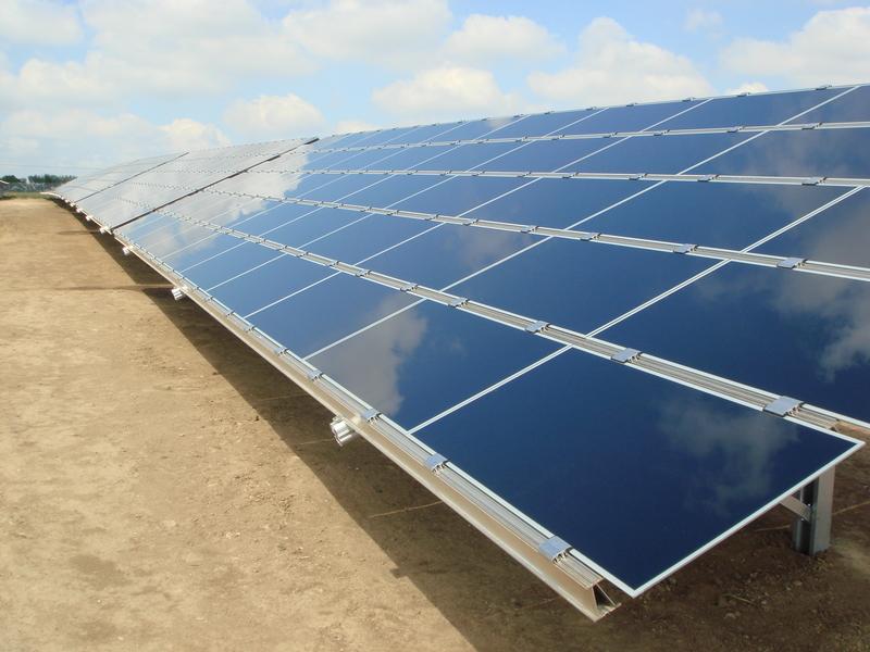 Expertos de América Latina ven a energías renovables como instrumento de desarrollo social