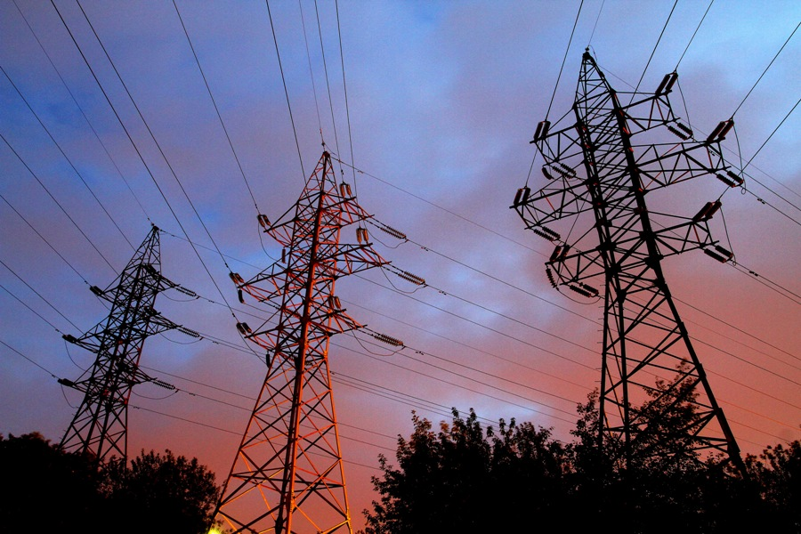 Gobierno espera incluir unión de sistemas eléctricos SIC y Sing en plan de 2014