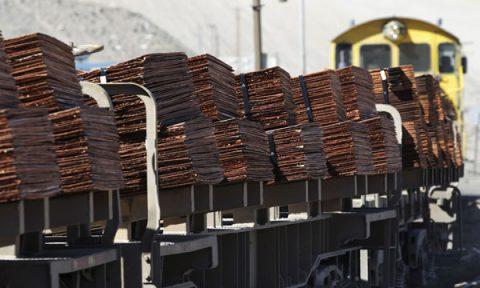 FMI destaca crecimiento económico de Chile y advierte los efectos del cobre