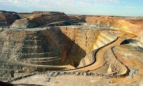 Chinalco abandonaría oferta por Glencore