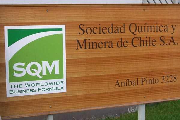 SQM realiza reestruccturación y reconoce ajustes productivos en negocio de potasio