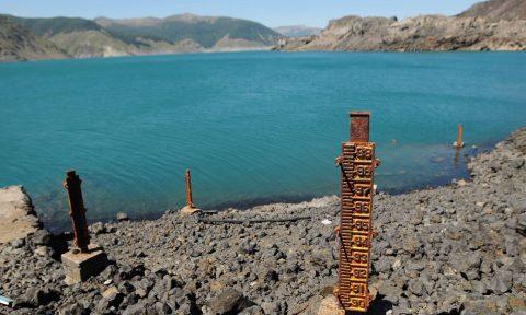 Aporte hidroeléctrico de embalses cae a la mitad