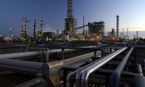 Enap iniciará distribución de GNL al segmento industrial el primer semestre