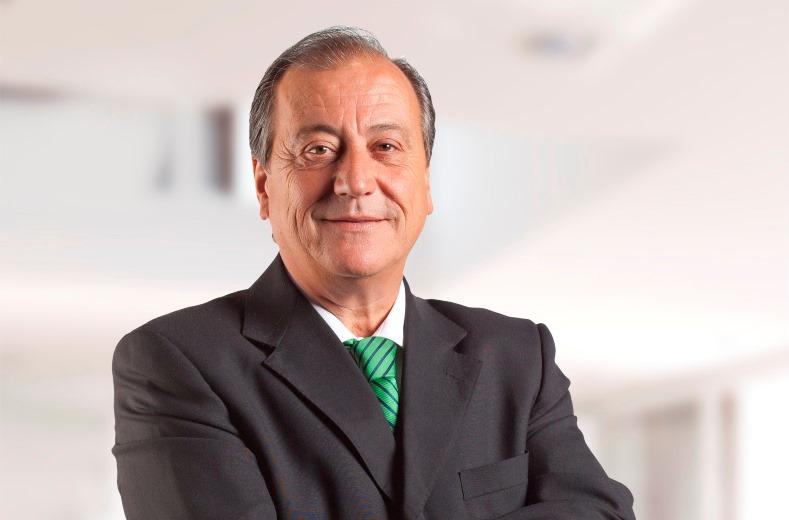 Perfil Juan Medel web_01