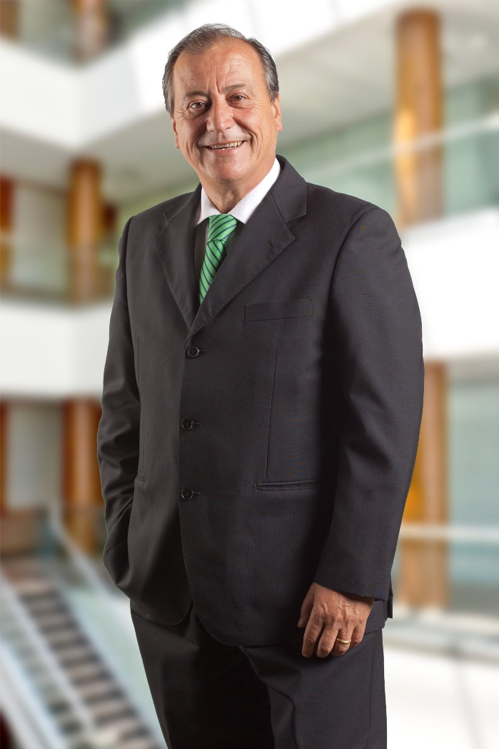 Perfil Juan Medel web_02