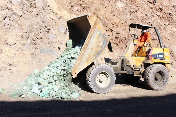 A través del programa de competencias laborales, los pequeños y medianos mineros podrán demostrar todo lo que saben en un proceso que considerará una etapa de evaluación, y posterior certificación. (Foto: Joaquín Ruiz)