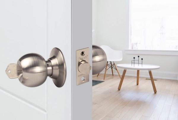 cerradura-bash-puerta