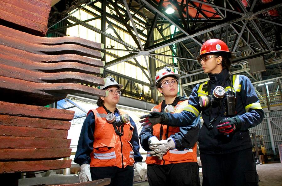 mujeres en minería